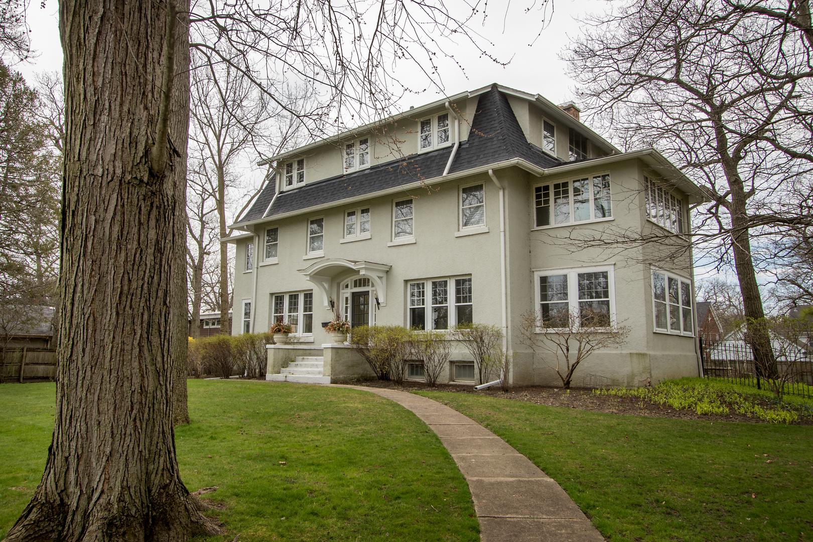 1290 Lincoln Avenue South, Highland Park, Illinois