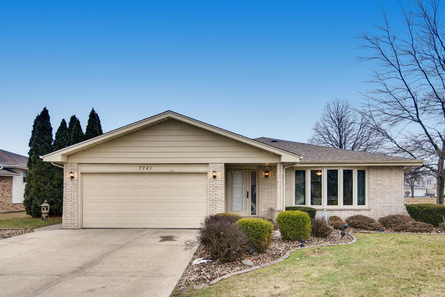 7741 West 157th Place, Orland Park, Illinois