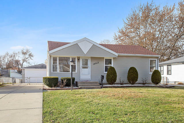 16912 Forest View Drive, Tinley Park, Illinois