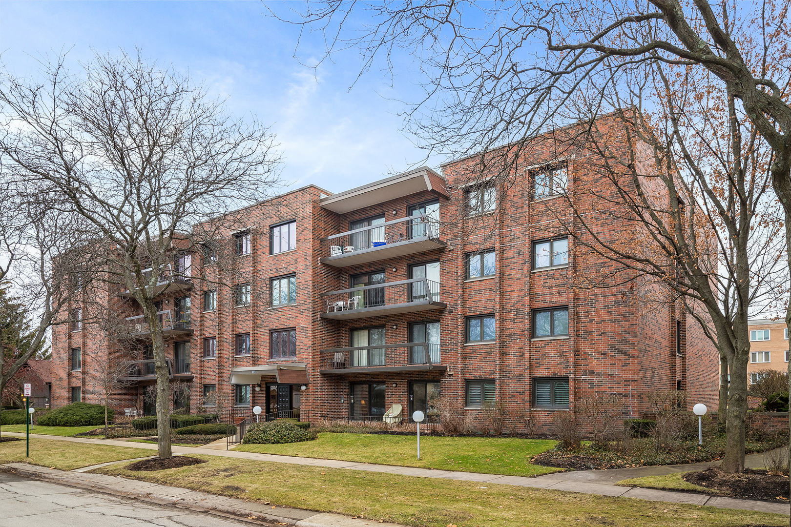 9221 Drake Avenue, Evanston, Illinois