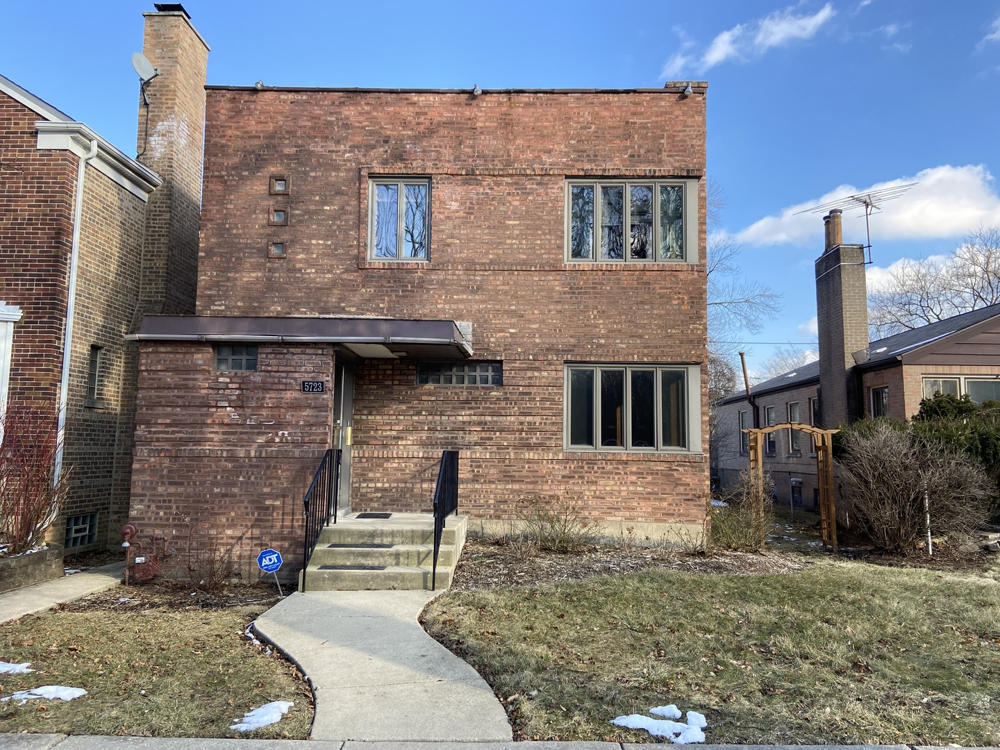 5723 North Central Park Avenue, one of homes for sale in North Park Chicago