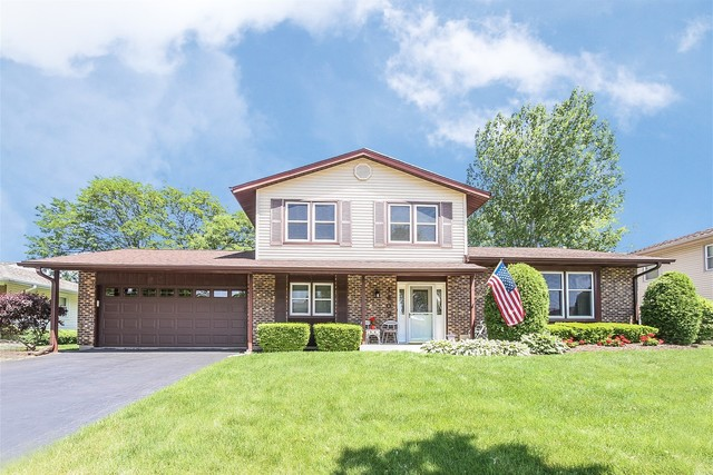 1409 Mitchell Trail, Elk Grove Village in Cook County, IL 60007 Home for Sale