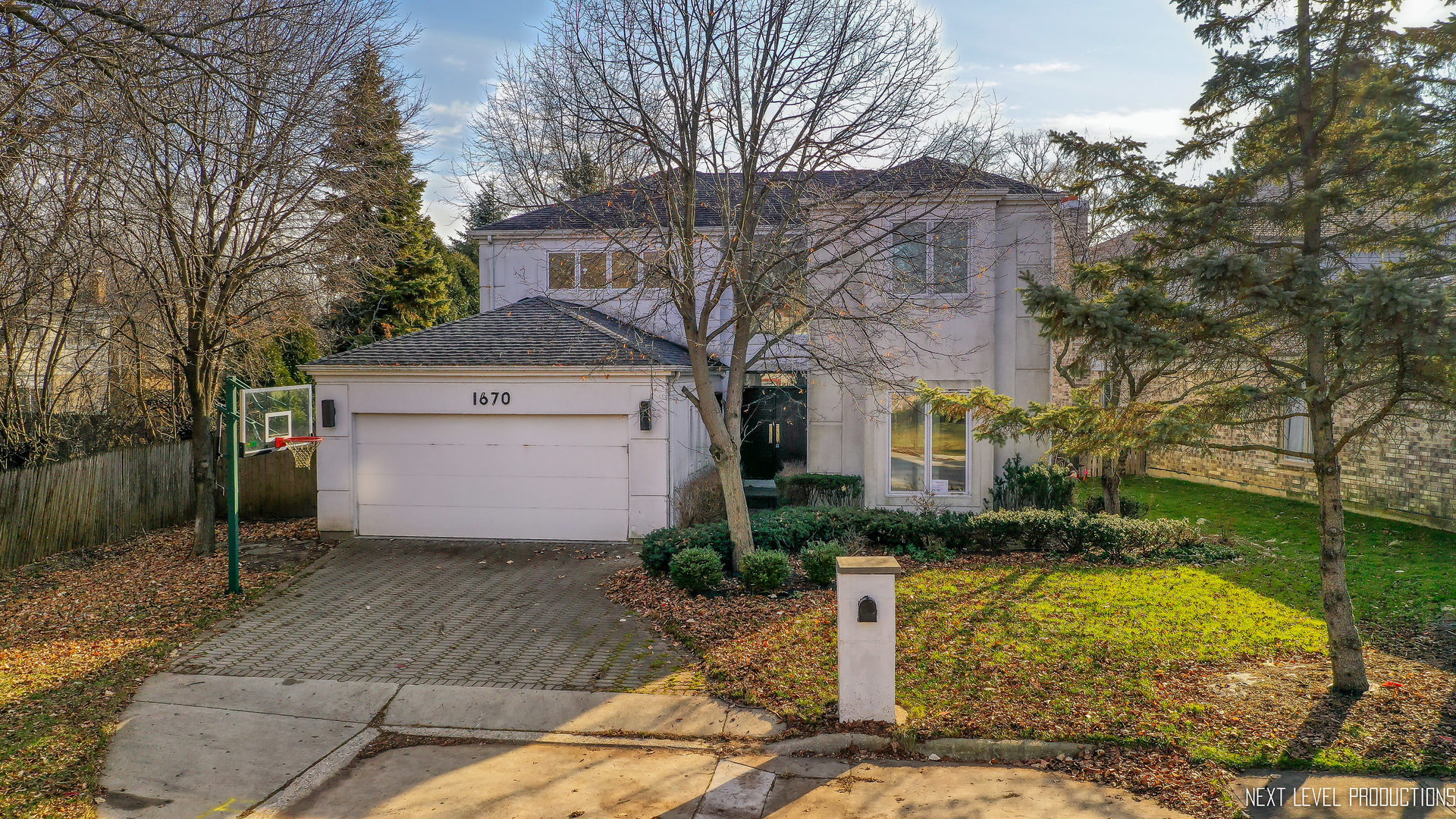 1670 Strath Erin Road, Highland Park in Lake County, IL 60035 Home for Sale