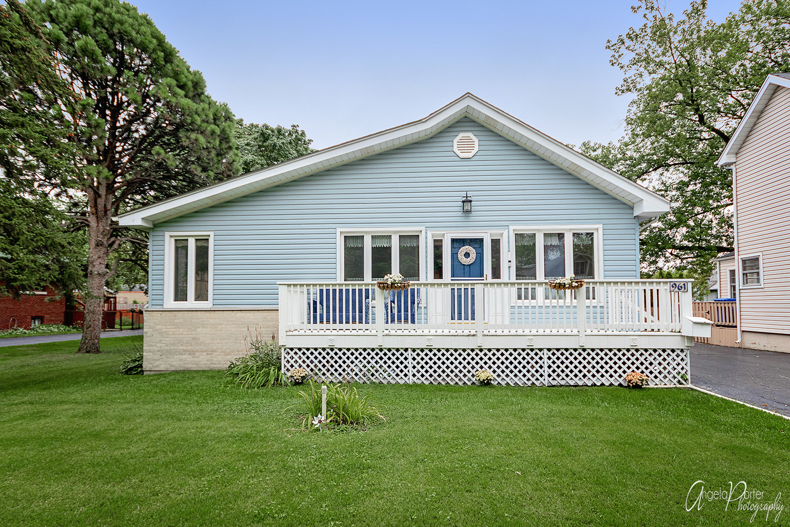 961 Walter Avenue, Des Plaines in Cook County, IL 60016 Home for Sale