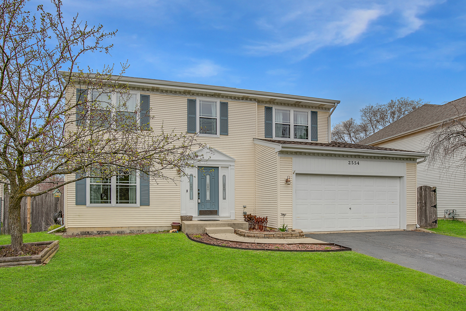 2554 Vineyard Lane, Round Lake Beach, Illinois