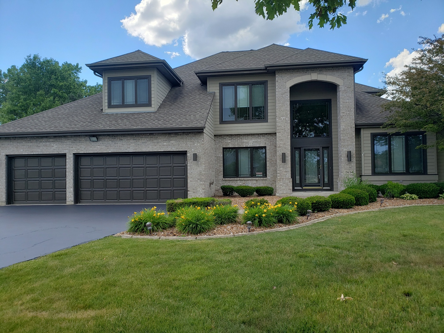 12634 Lake View Drive, Orland Park, Illinois