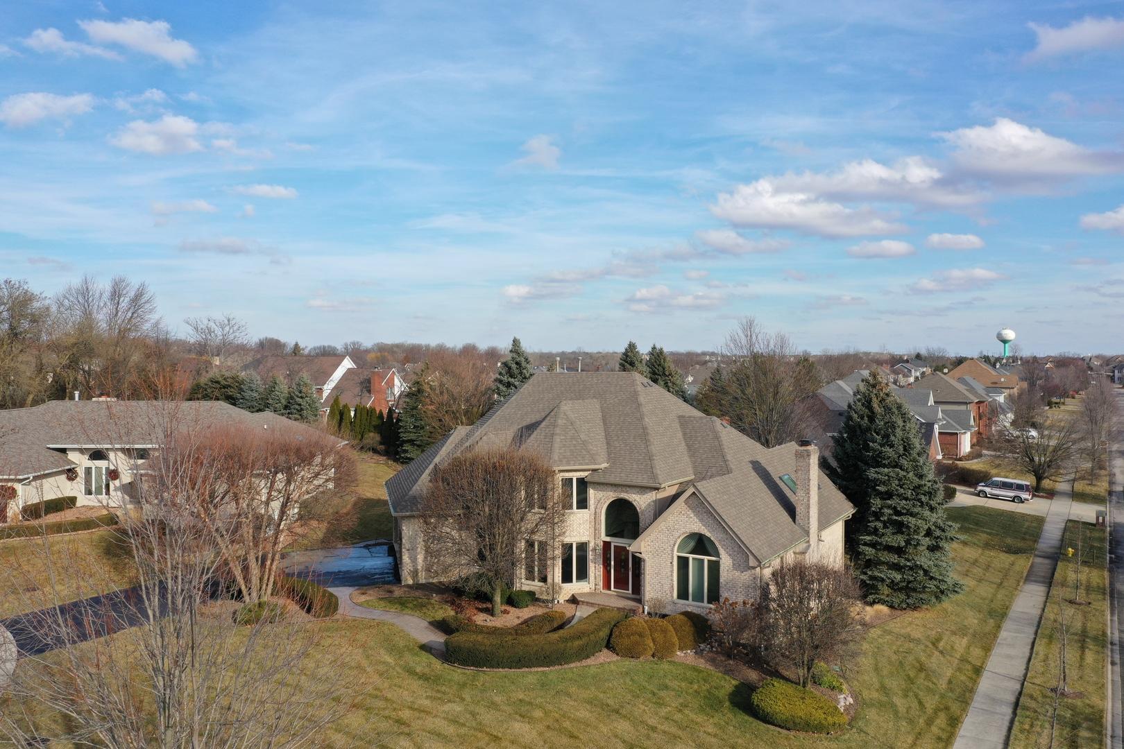15511 Fawn Creek Lane, Orland Park, Illinois