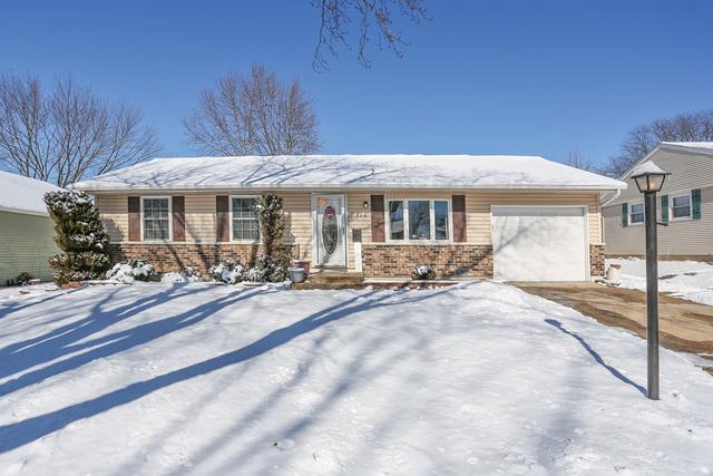 710 Larsen Avenue, Streamwood, Illinois