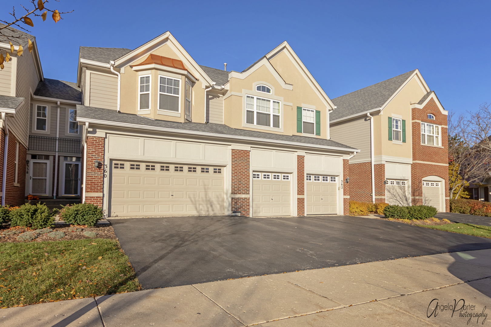 360 PINE LAKE Circle East, Vernon Hills, Illinois