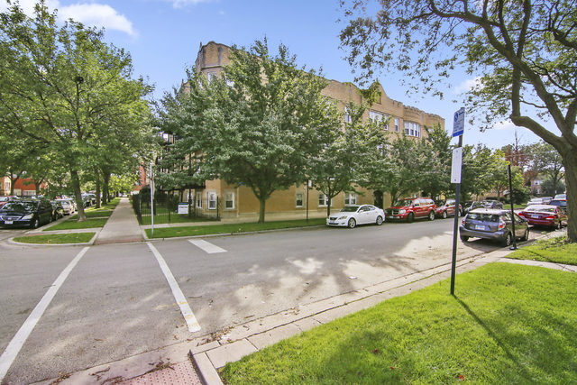 5253 North Rockwell Street, Lincoln Square in Cook County, IL 60625 Home for Sale
