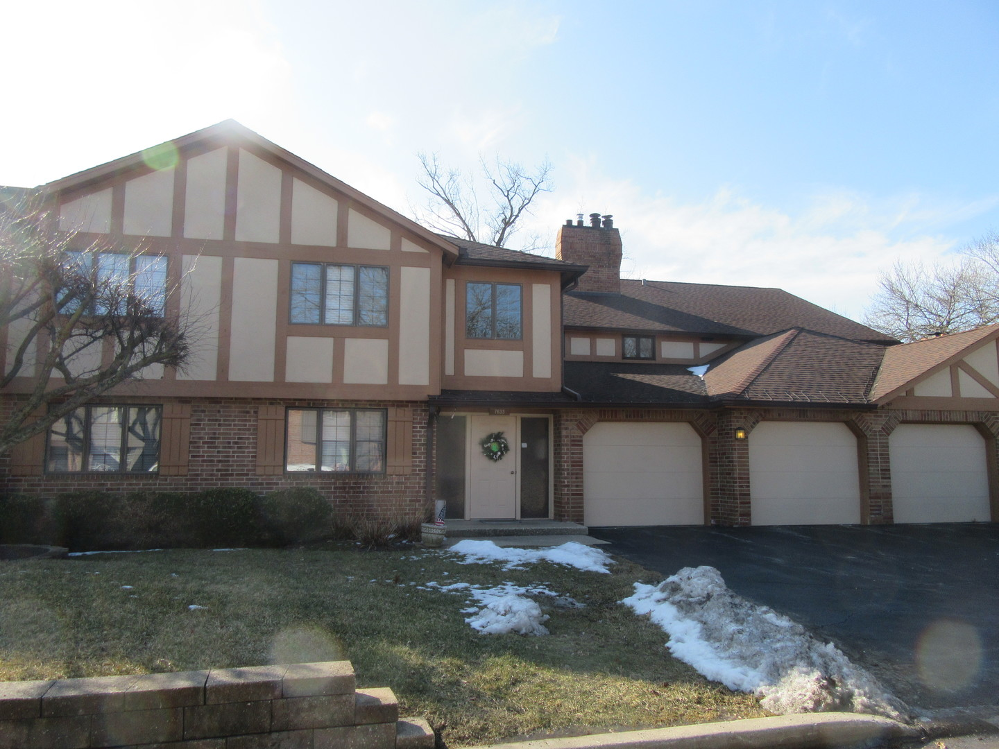 7633 West Arquilla Drive, Palos Heights, Illinois
