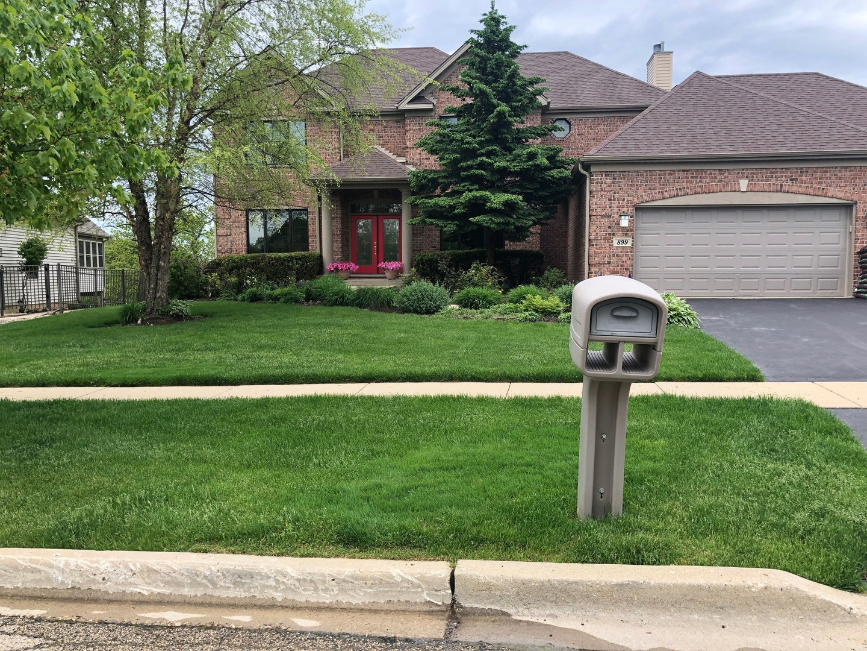 899 Red Hawk Drive, Antioch, Illinois