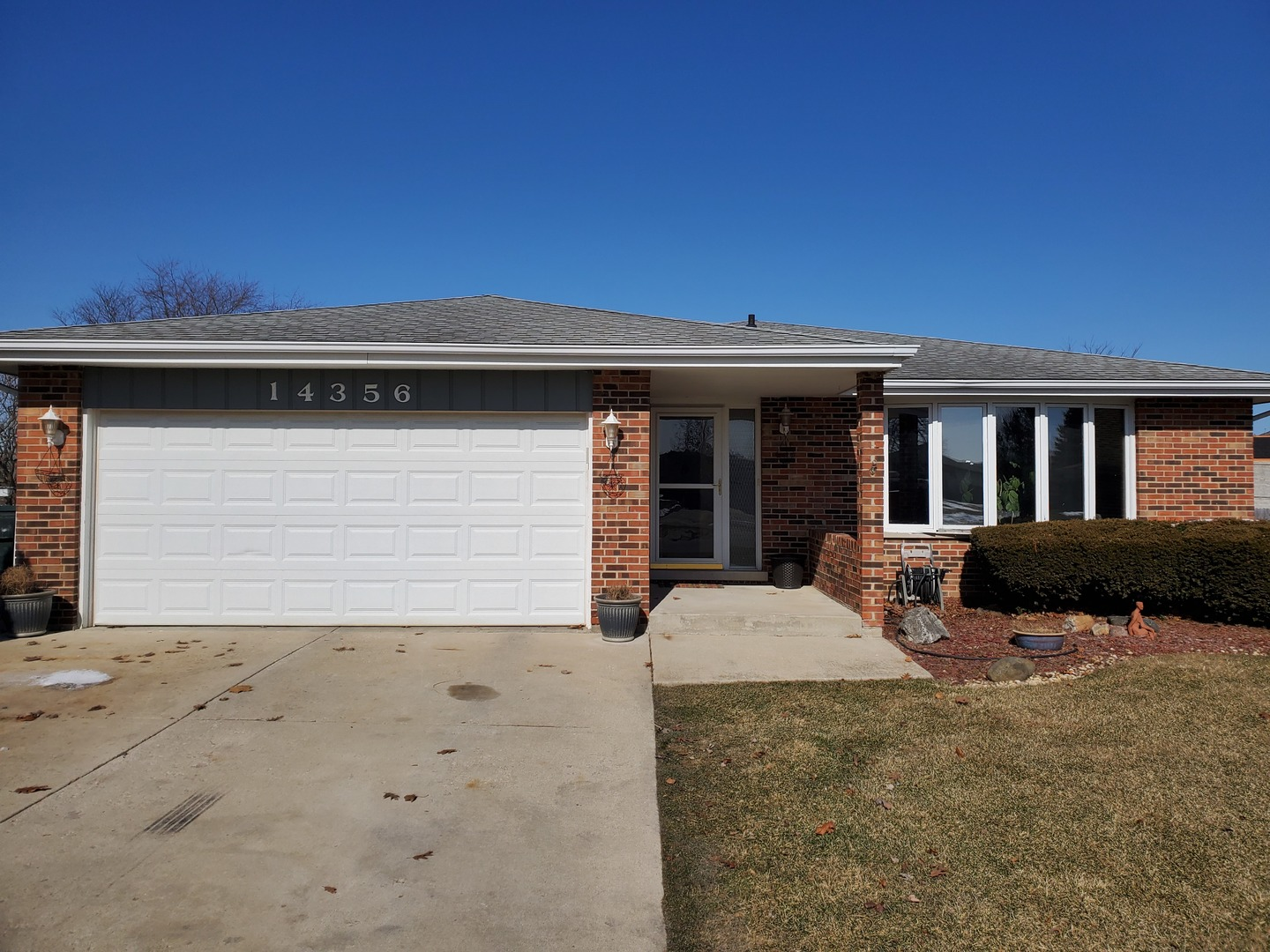 14356 Streamwood Drive, Orland Park in Cook County, IL 60467 Home for Sale