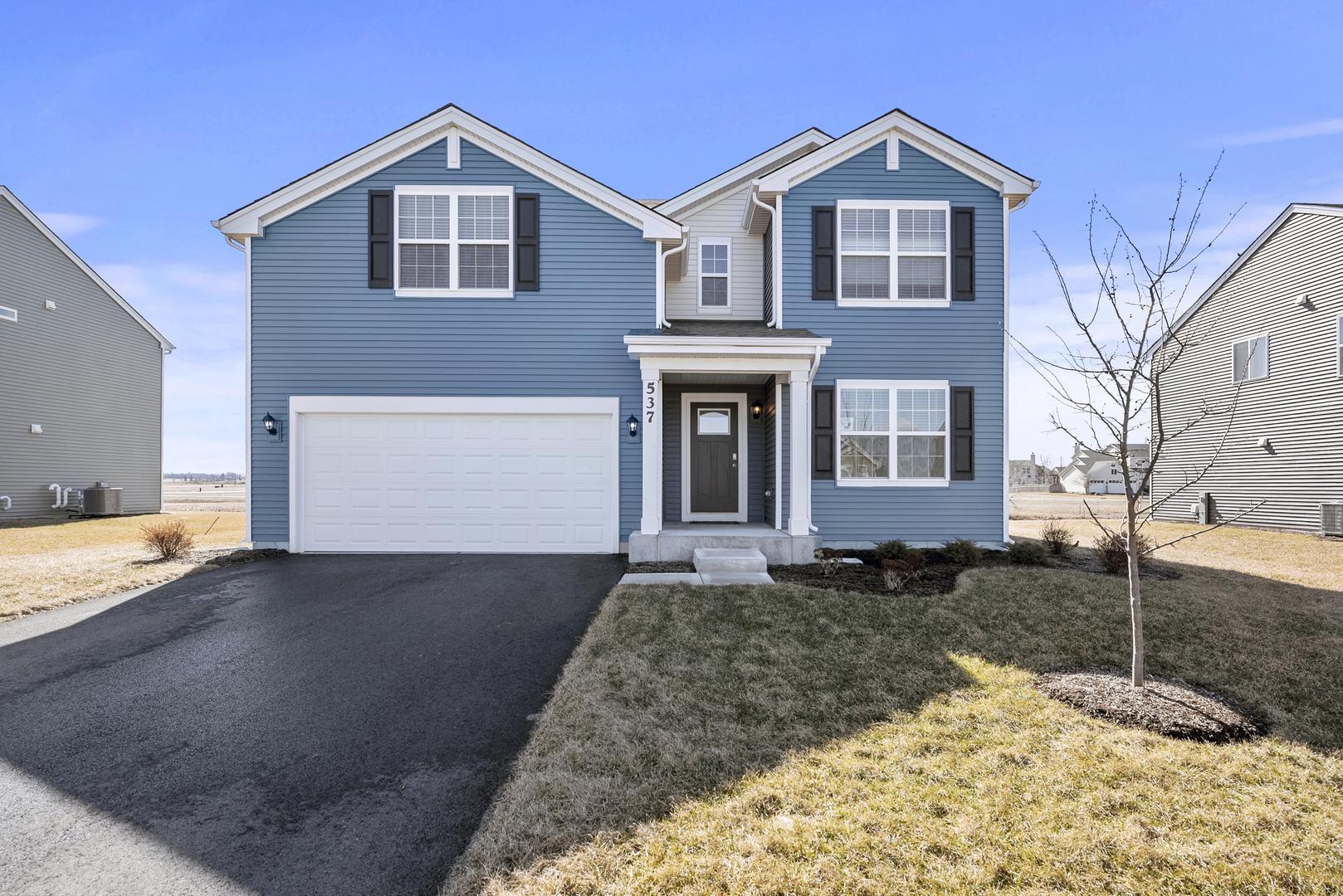 537 Colchester Drive, Oswego, Illinois