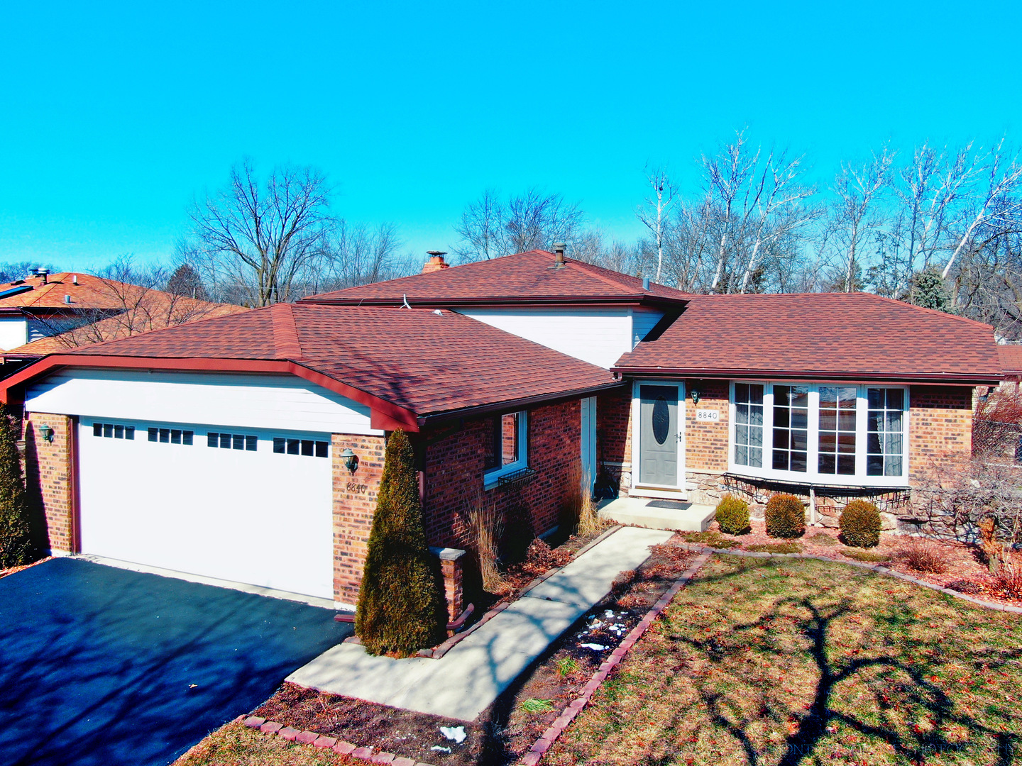 8840 Leslie Drive, Orland Hills, Illinois 3 Bedroom as one of Homes & Land Real Estate