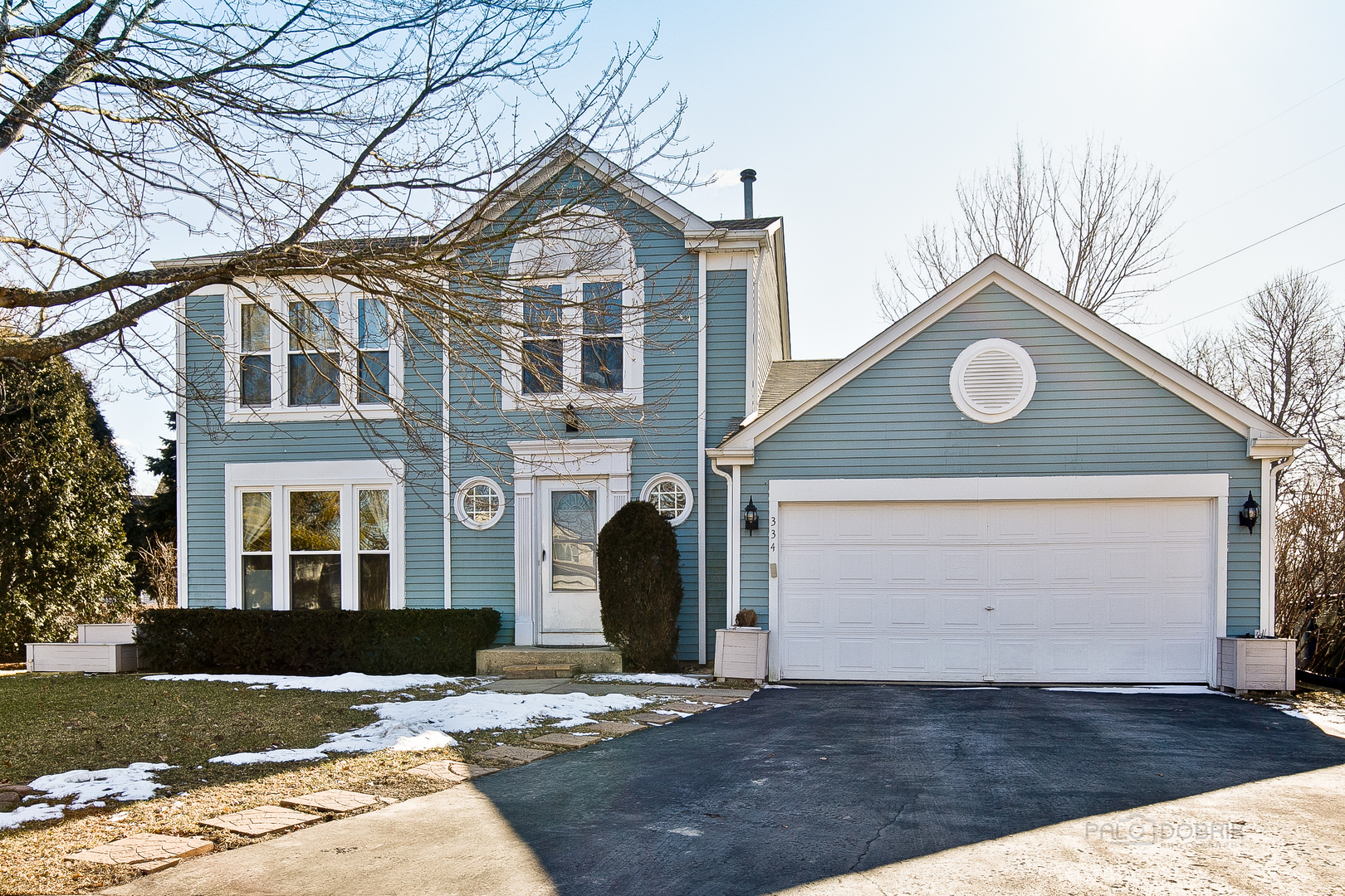 334 North Fiore Parkway, Vernon Hills, Illinois