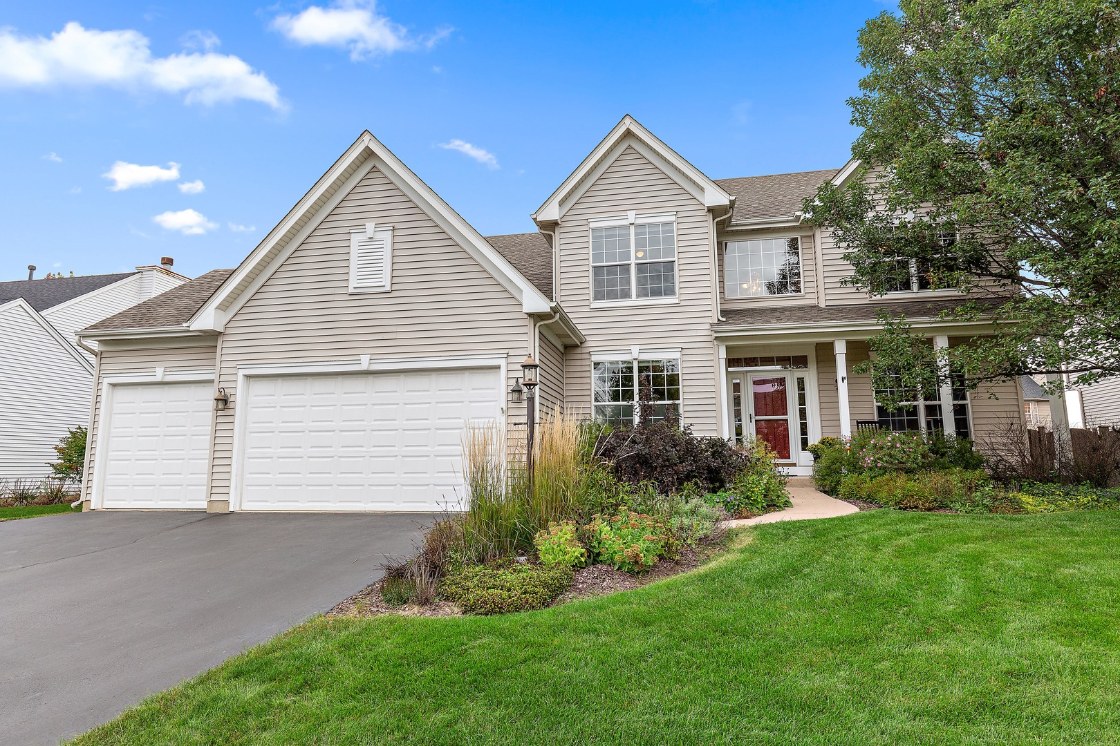 1833 Moorland Lane, Crystal Lake in Mc Henry County, IL 60014 Home for Sale