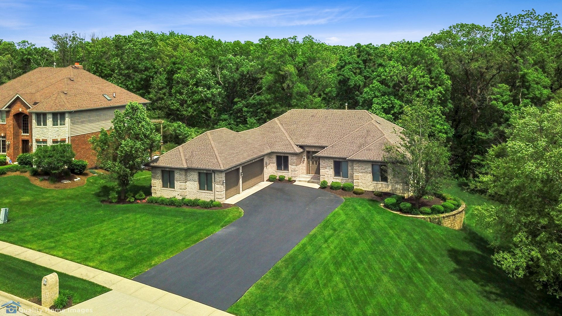 1210 Hickory Creek Drive, New Lenox, Illinois