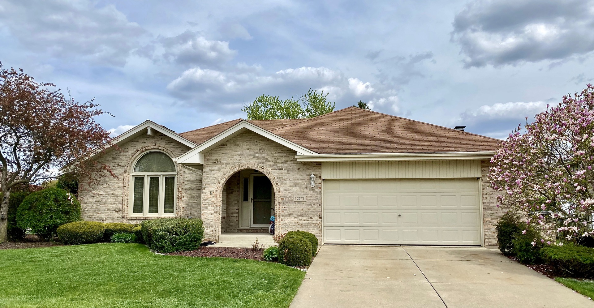 17427 Harvest Hill Drive, Orland Park, Illinois