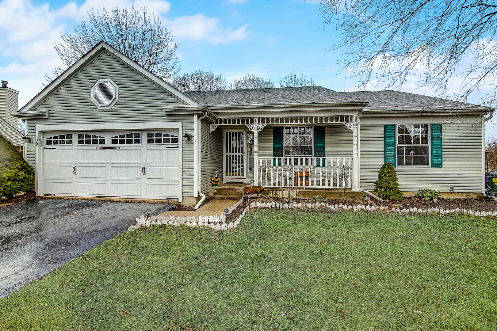 36 Mckinley Lane, Streamwood, Illinois