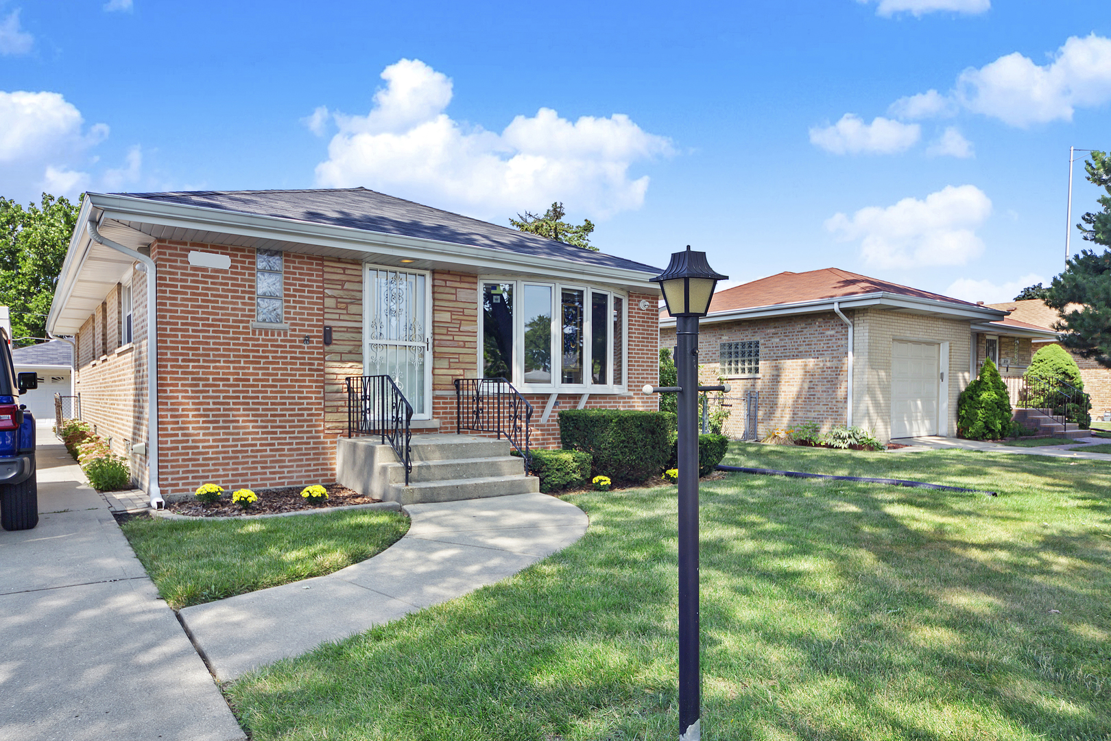8748 North MERRILL Street, Niles, Illinois