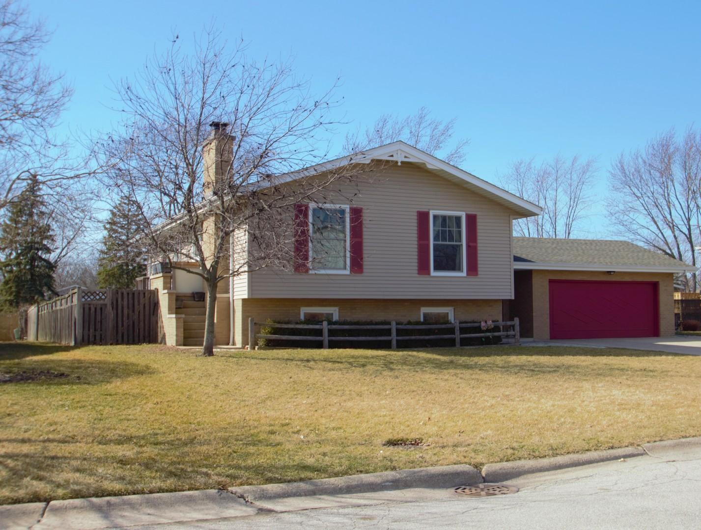 12822 South Ponderosa Drive, Palos Heights, Illinois