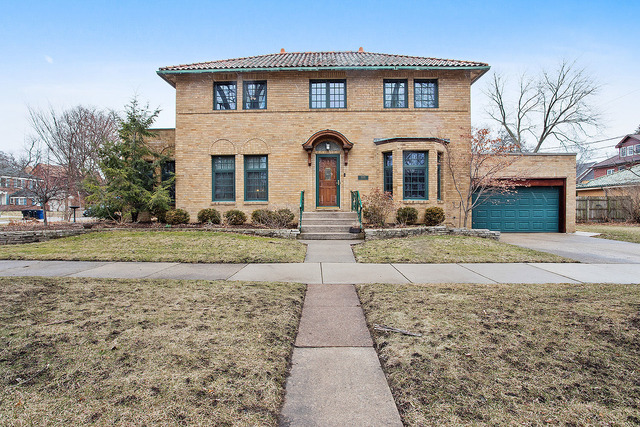 10059 South Seeley Avenue, Beverly-Chicago, Illinois