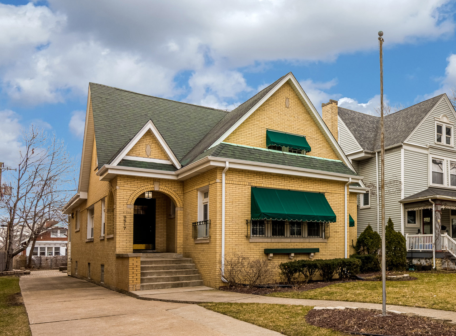 9517 South Winchester Avenue, Beverly-Chicago in Cook County, IL 60643 Home for Sale