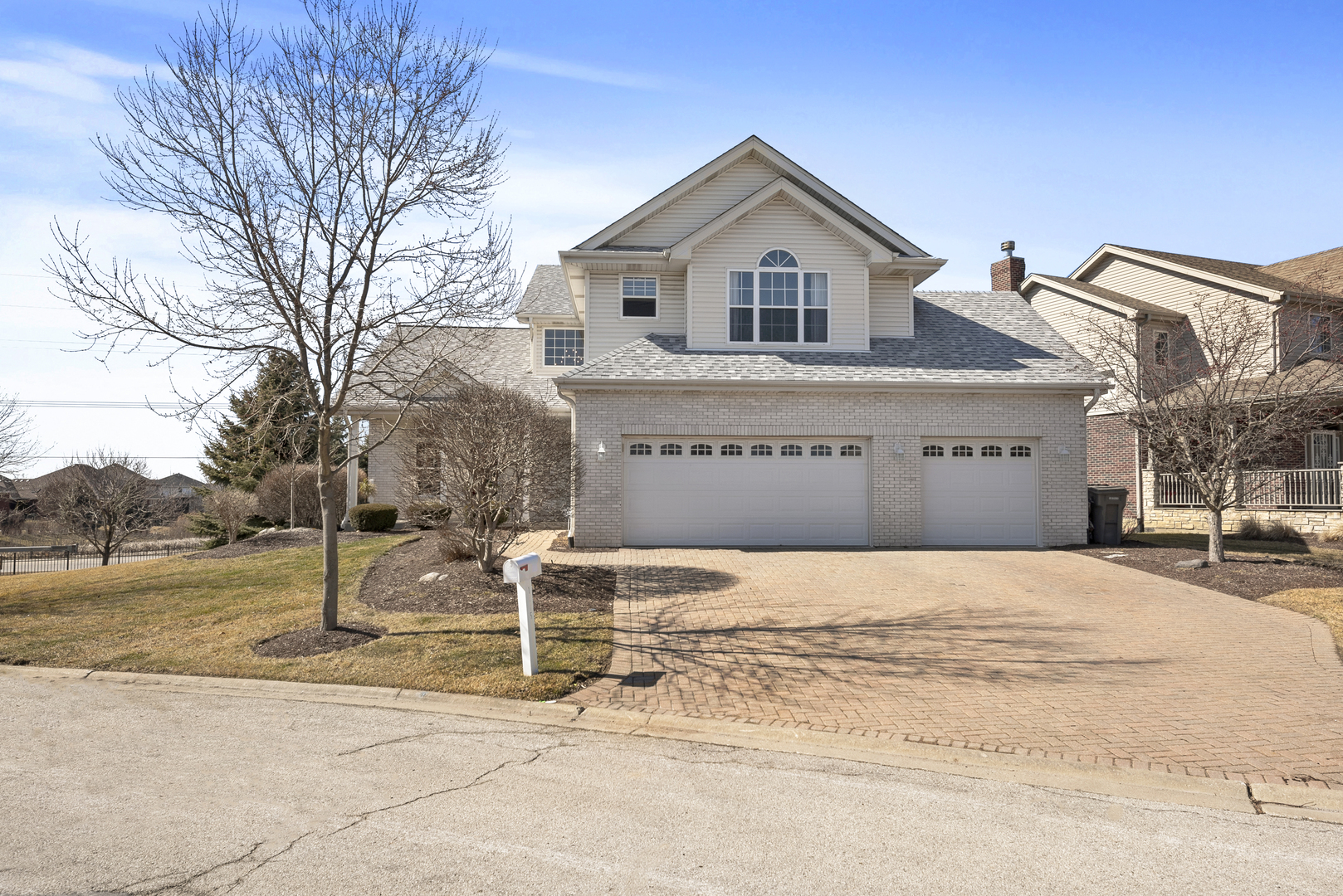 11151 Fountain Hill Drive 60467 - One of Orland Park Homes for Sale