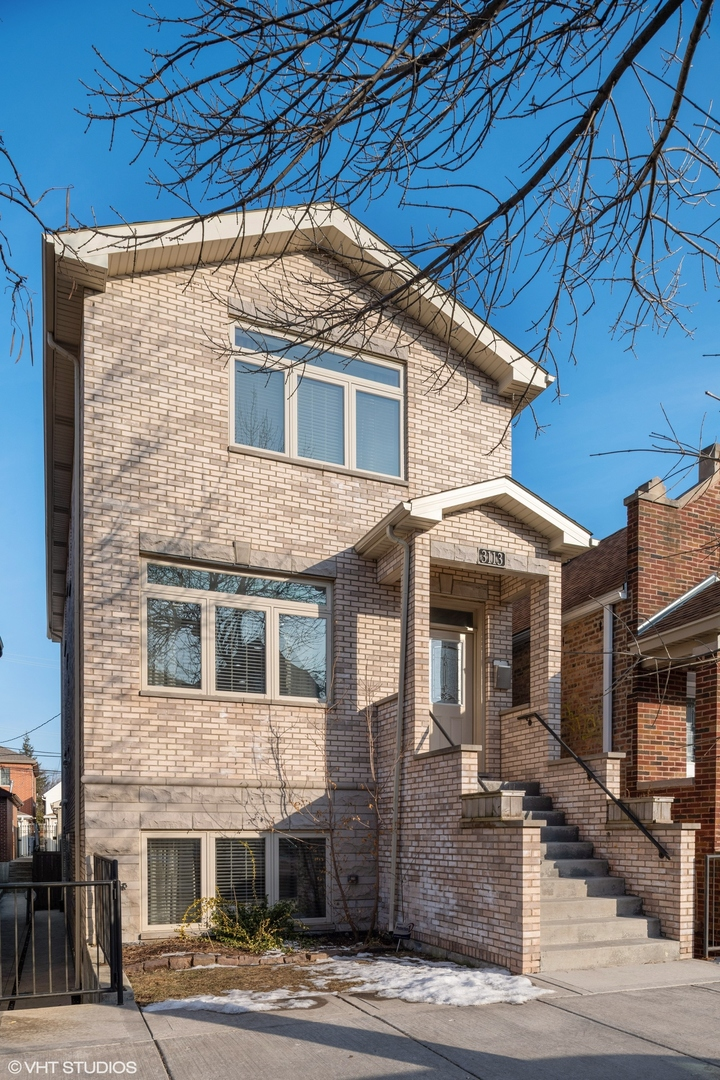 3113 South MAY Street, Chicago-Near West Side, Illinois