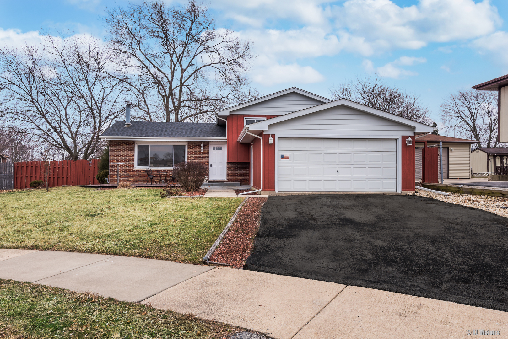 16939 88th Court, Orland Hills, Illinois 3 Bedroom as one of Homes & Land Real Estate