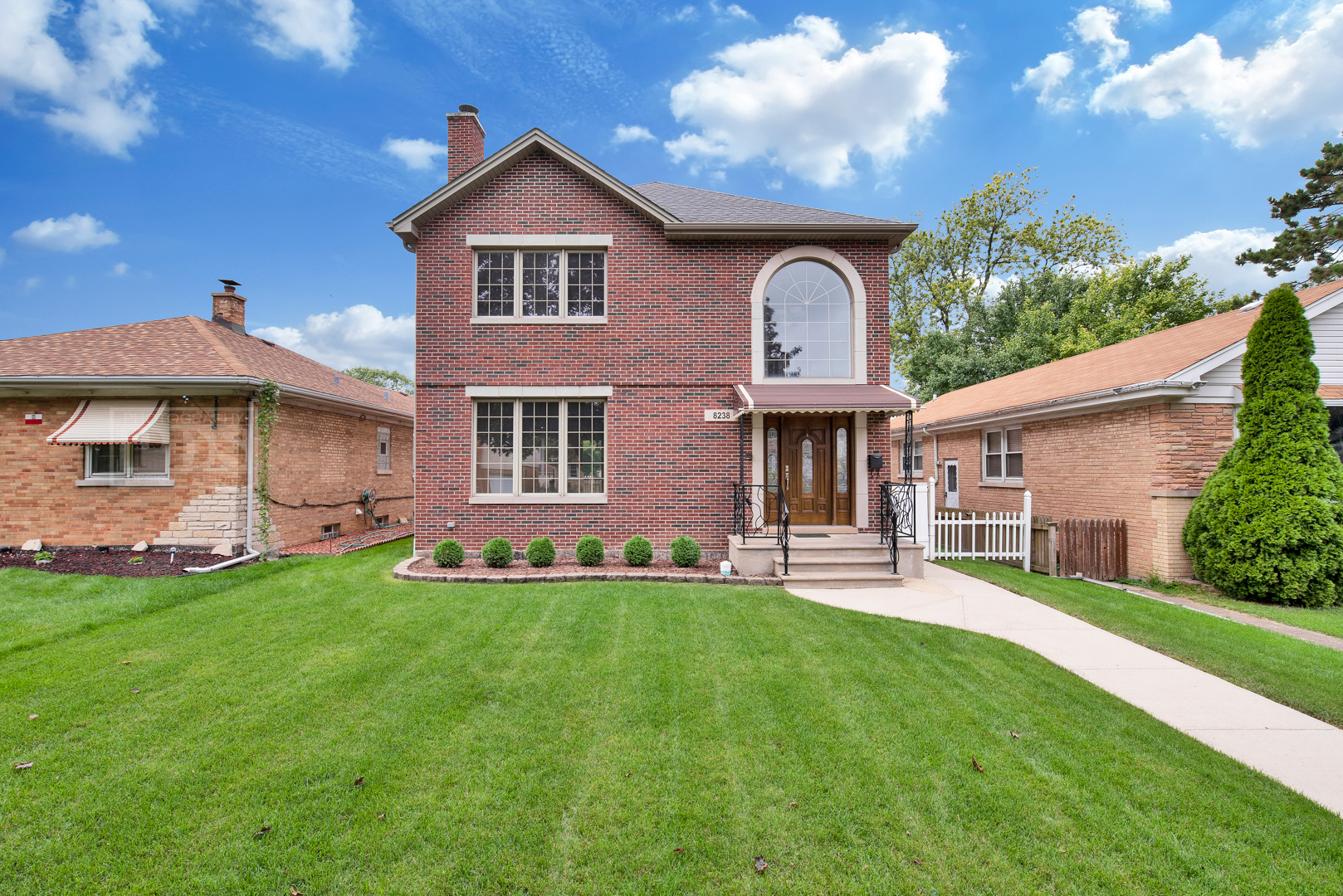 8238 North Oleander Avenue, Niles, Illinois