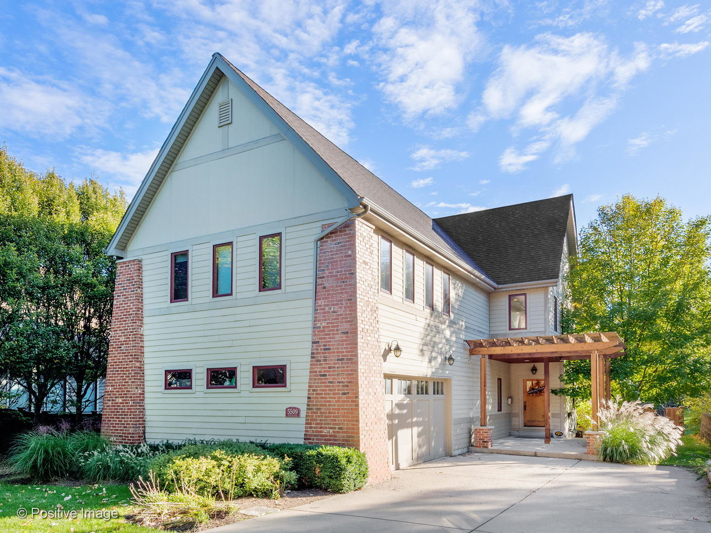 5509 Dunham Road, Downers Grove, Illinois