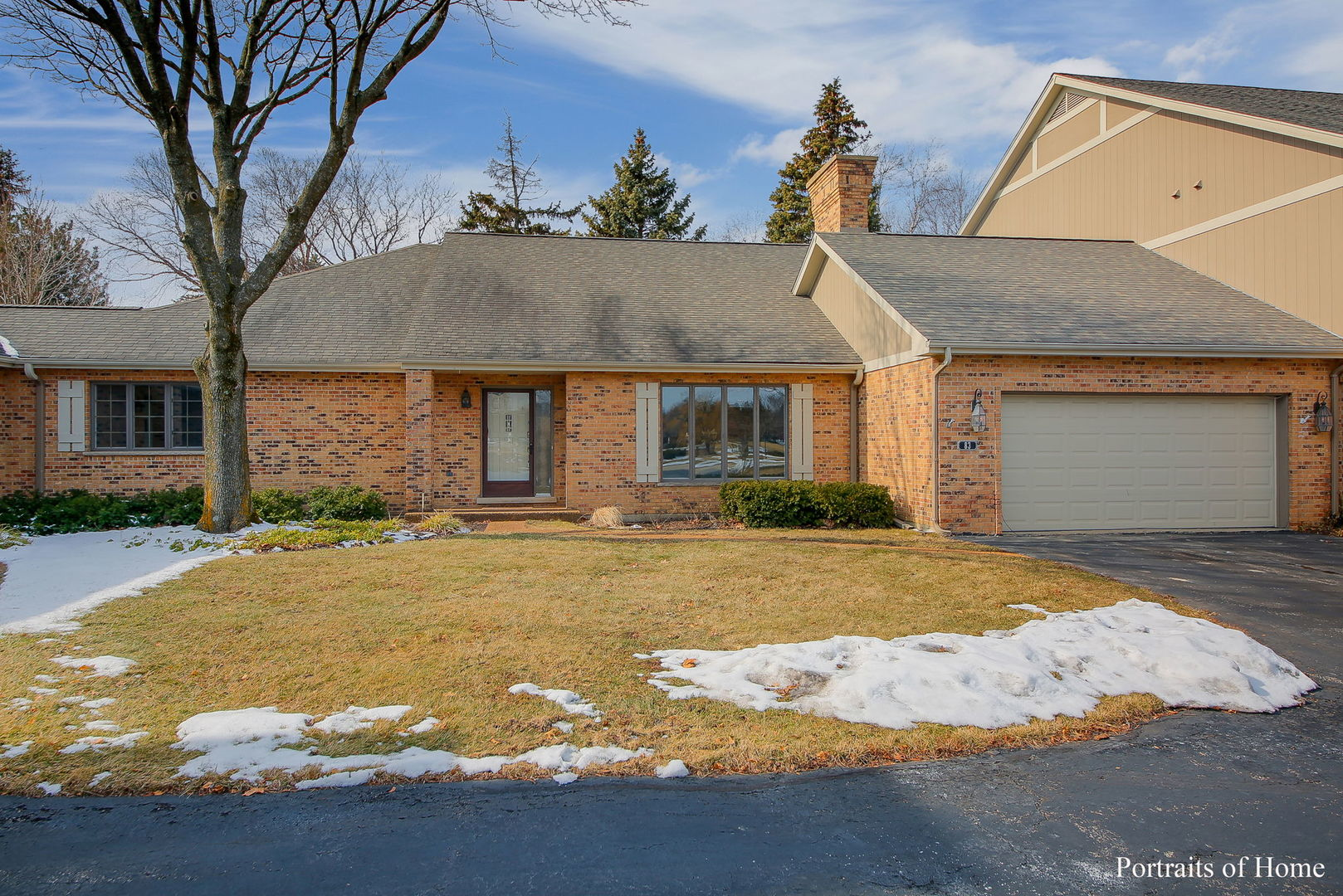 83 Country Club Drive, Bloomingdale, Illinois