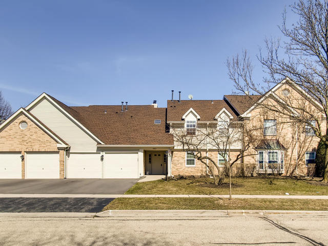 2862 Meadow Lane, Schaumburg in Cook County, IL 60193 Home for Sale