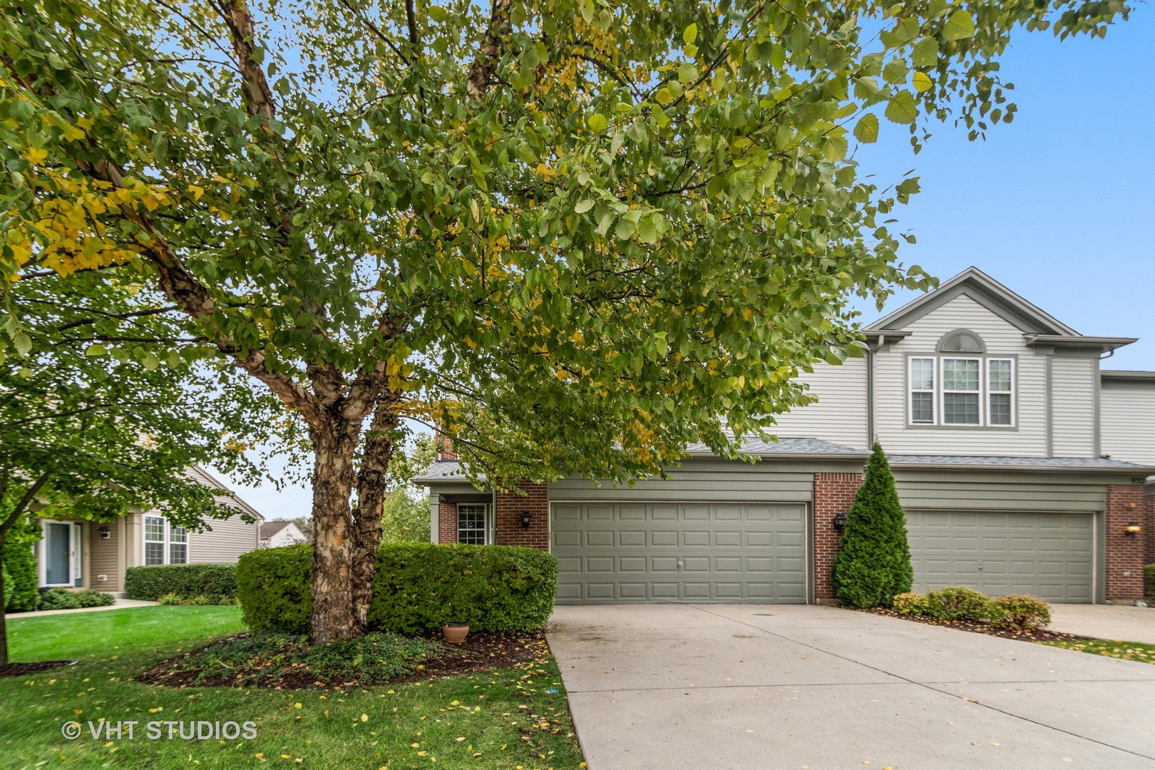 934 Elizabeth Drive, Streamwood, Illinois