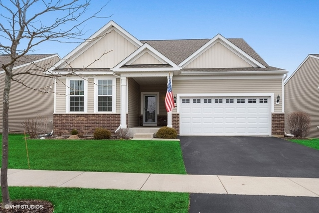 3053 Eastbank Circle, Mundelein in Lake County, IL 60060 Home for Sale
