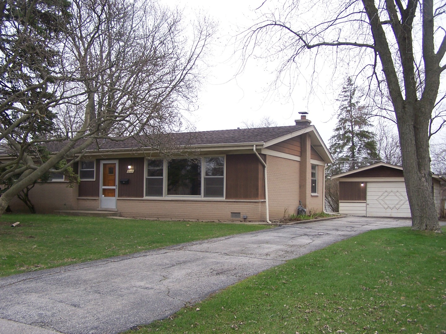 3109 Greenbriar Drive, Glenview in Cook County, IL 60025 Home for Sale