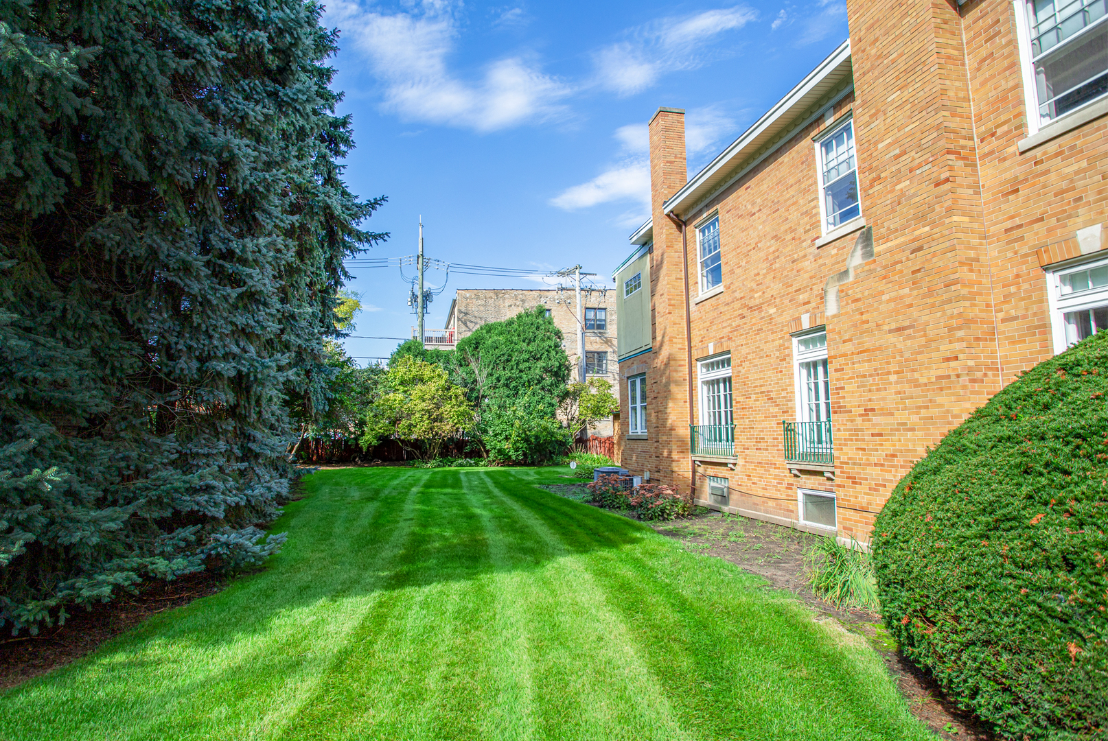 5546 North Paulina Street, one of homes for sale in Edgewater