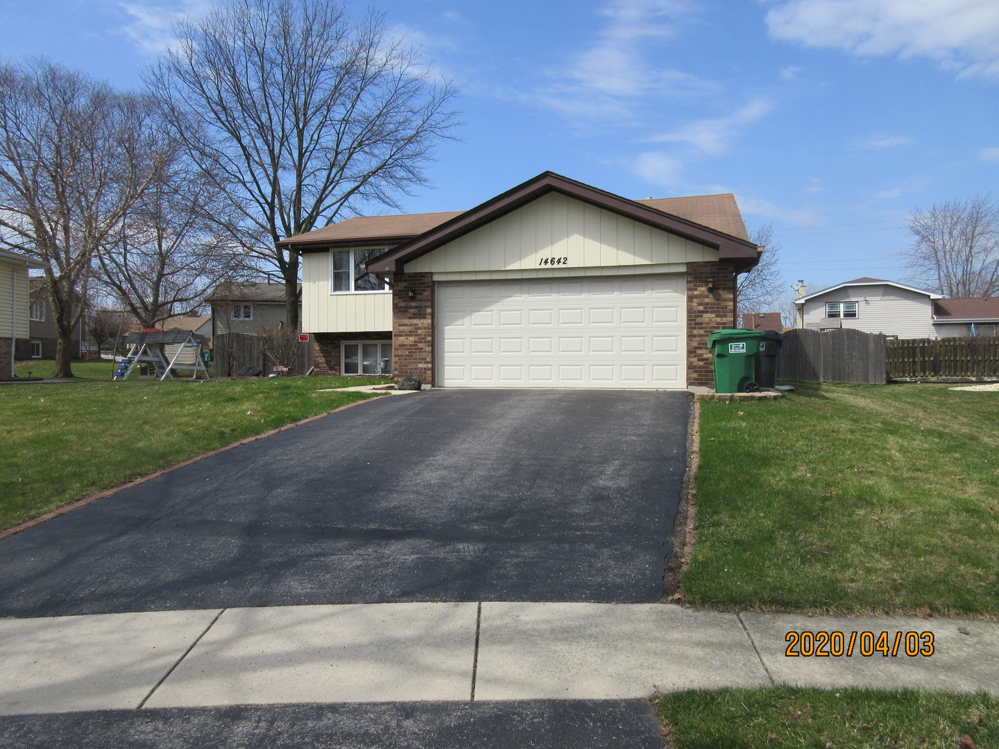 14642 South Cricketwood Court, Homer Glen, Illinois