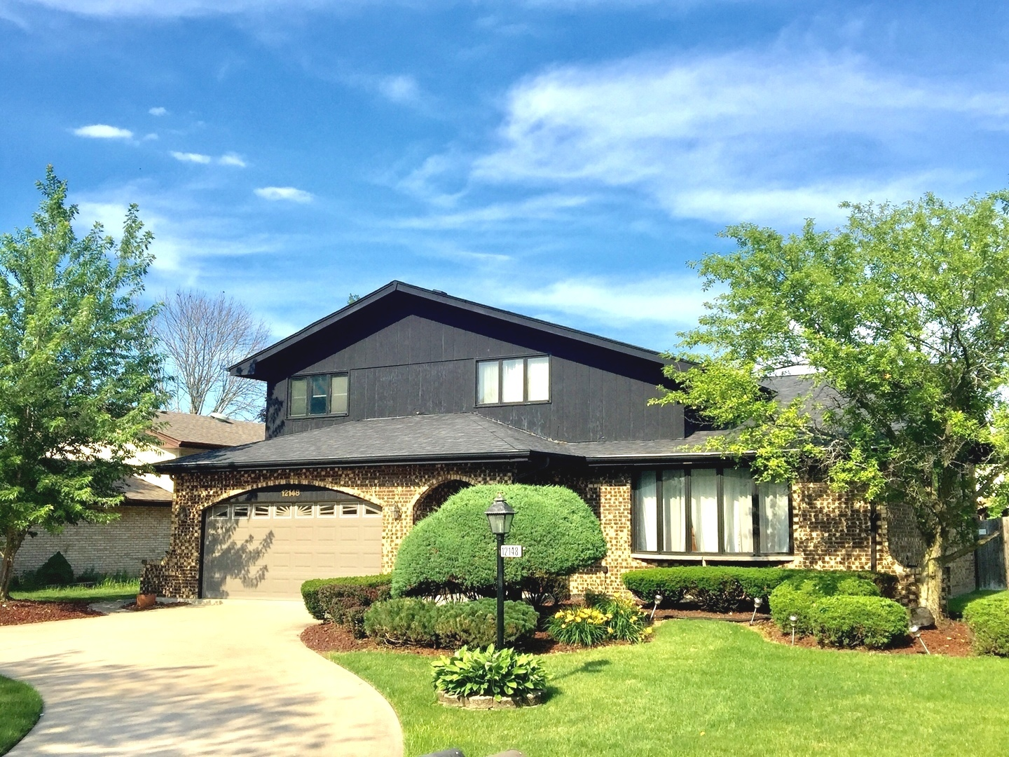 12148 Forestview Drive, Orland Park, Illinois