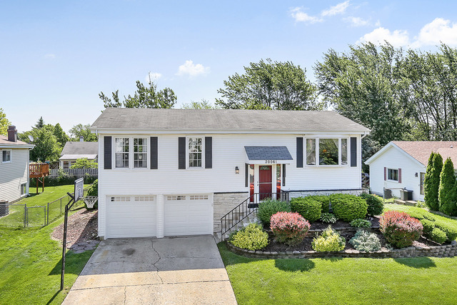 20061 South Pine Hill Road, Frankfort in Will County, IL 60423 Home for Sale