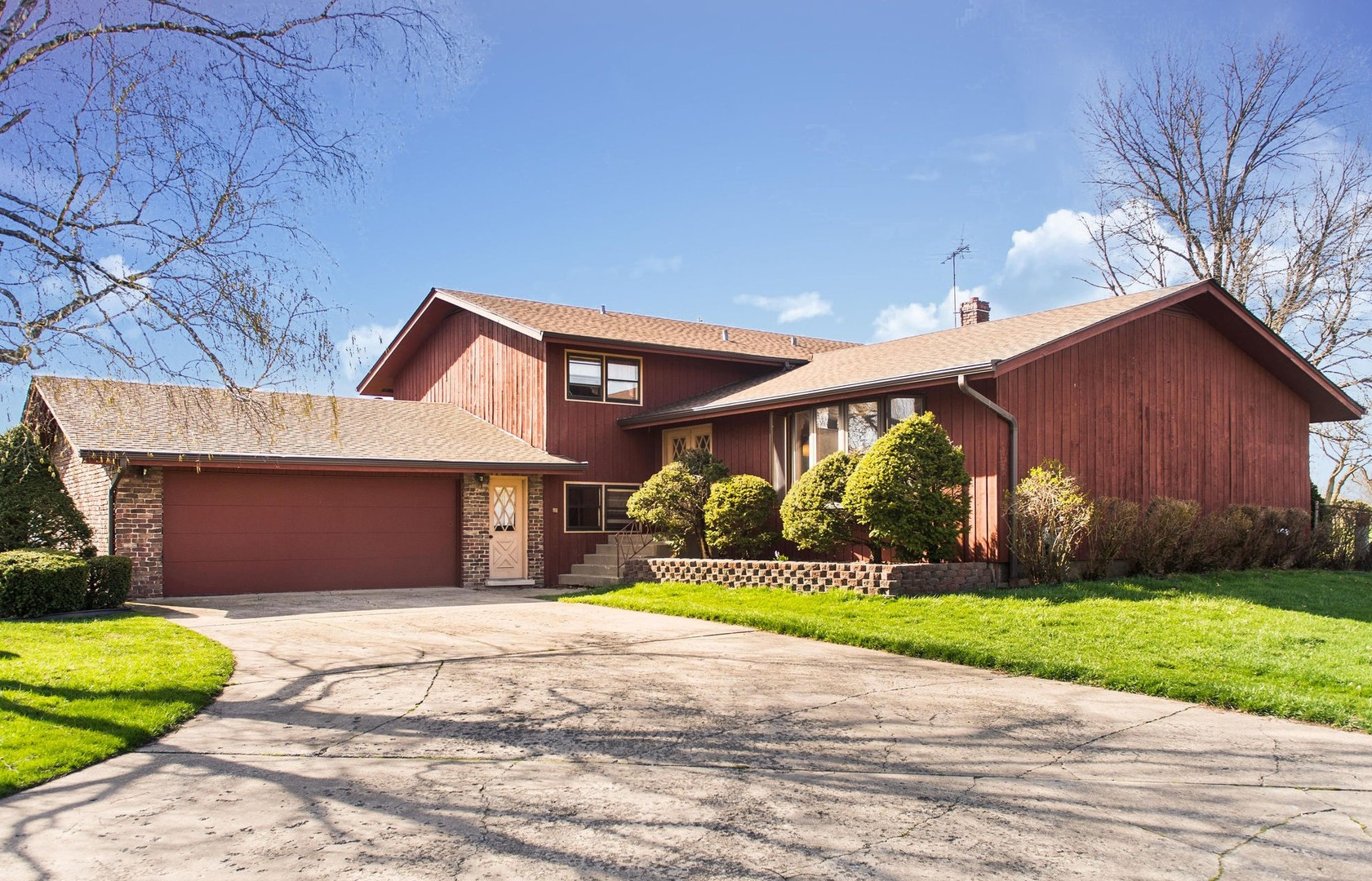 341 Meadowlark Road, Bloomingdale in Du Page County, IL 60108 Home for Sale