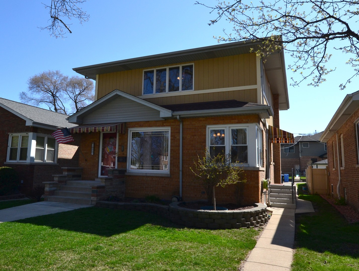 10037 South Maplewood Avenue, Beverly-Chicago, Illinois