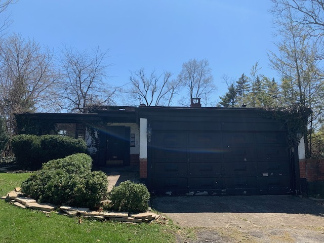 916 East Evergreen Street, Wheaton in Du Page County, IL 60187 Home for Sale