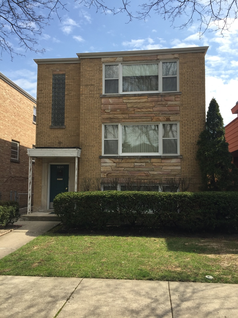 5655 North ST LOUIS Avenue, North Park Chicago, Illinois