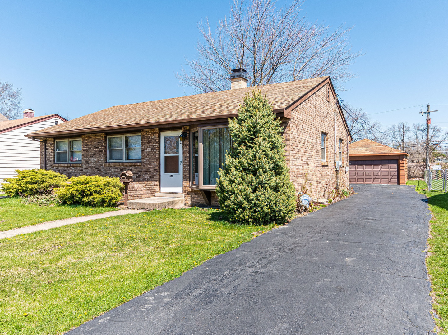 125 North Warrington Road, Des Plaines in Cook County, IL 60016 Home for Sale