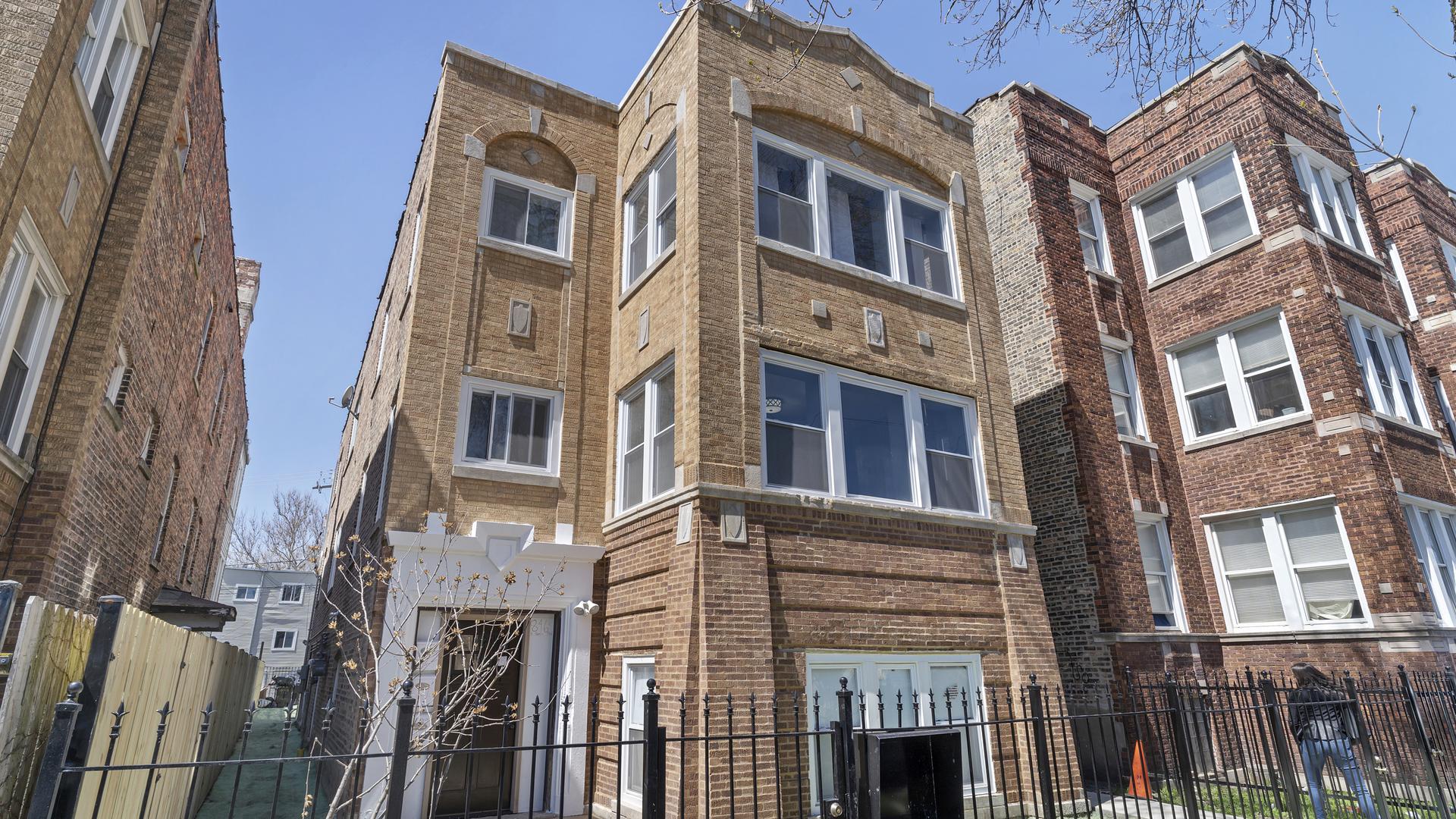 846 North Hamlin Avenue, Chicago-Near West Side, Illinois