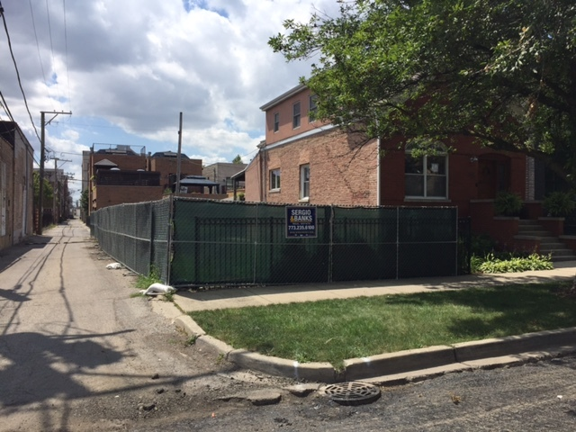 2415 West Huron Street, one of homes for sale in Bucktown