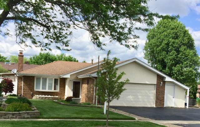 13656 West Deervalley Drive, Homer Glen in Will County, IL 60491 Home for Sale